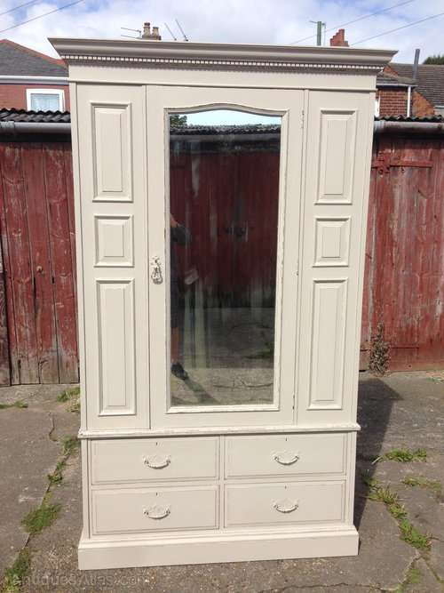Good Quality Painted Mahogany Wardrobe