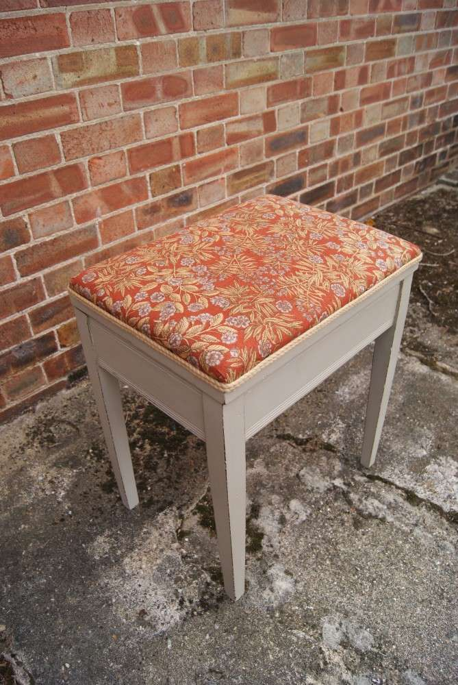 Edwardian Painted mahogany Dressing Stool1