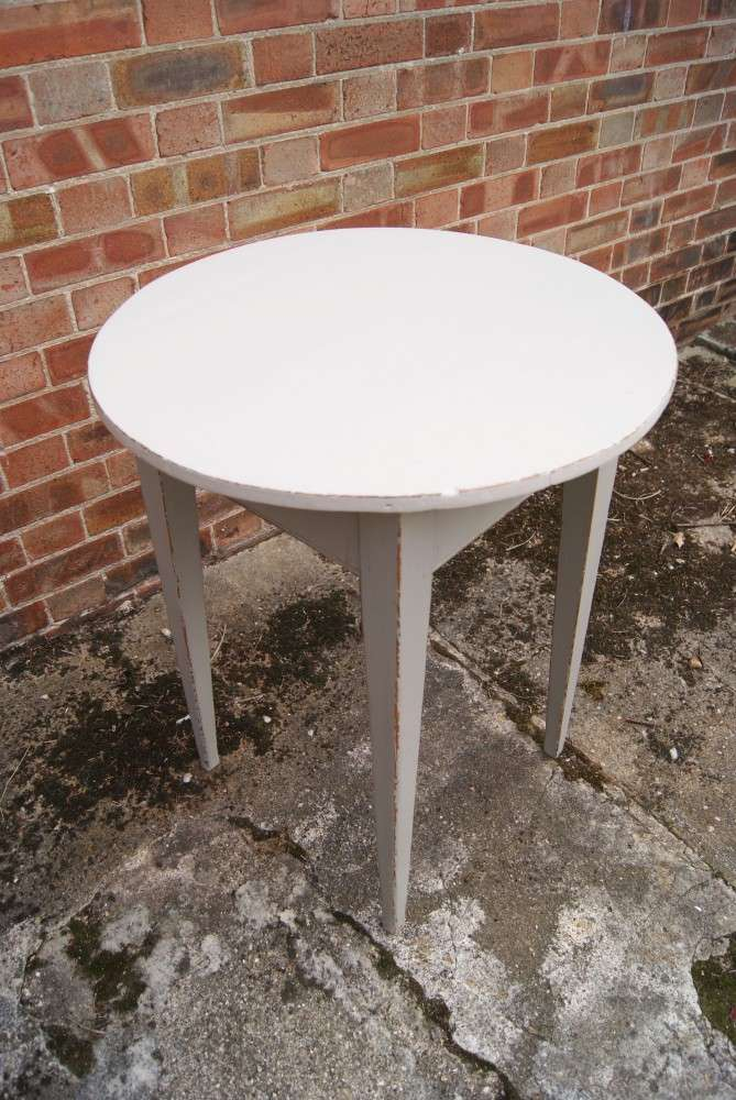 Painted Pine Irish Cricket Table1