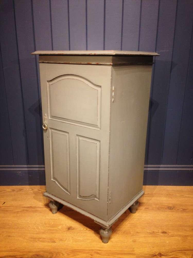 Mid 19th Century Painted Mahogany Cupboard2
