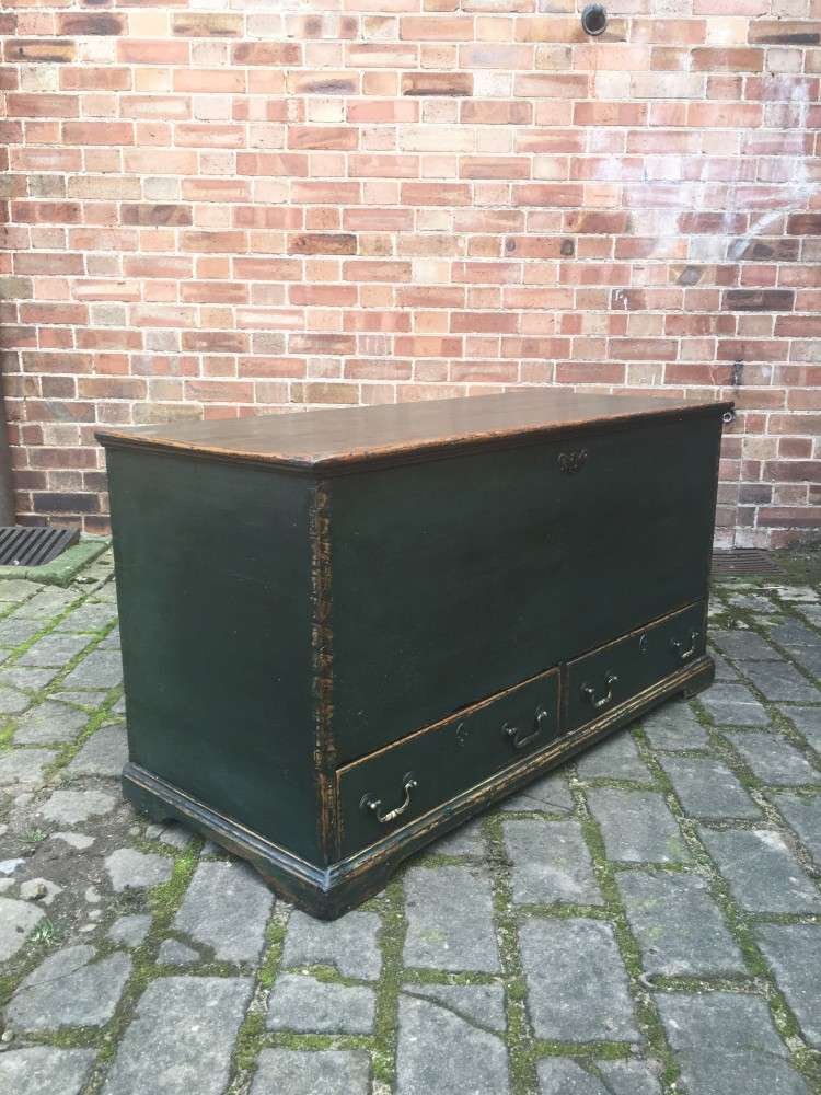 Regency Painted Pine Mule Chest1