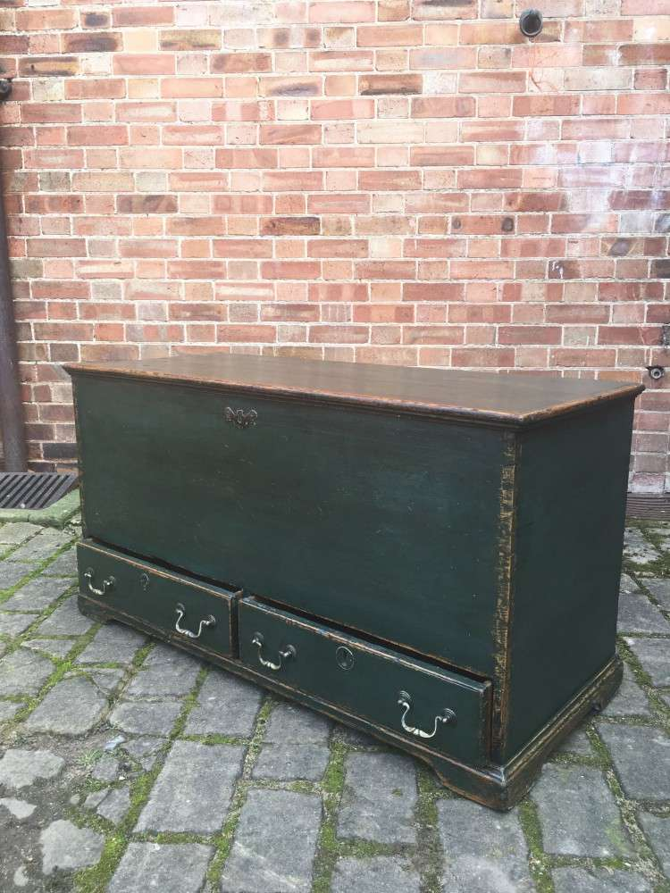 Regency Painted Pine Mule Chest2
