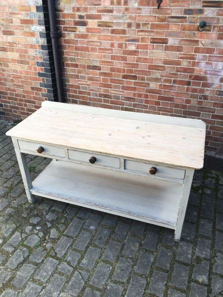 Early 19th Century Painted Pine Serving Table3
