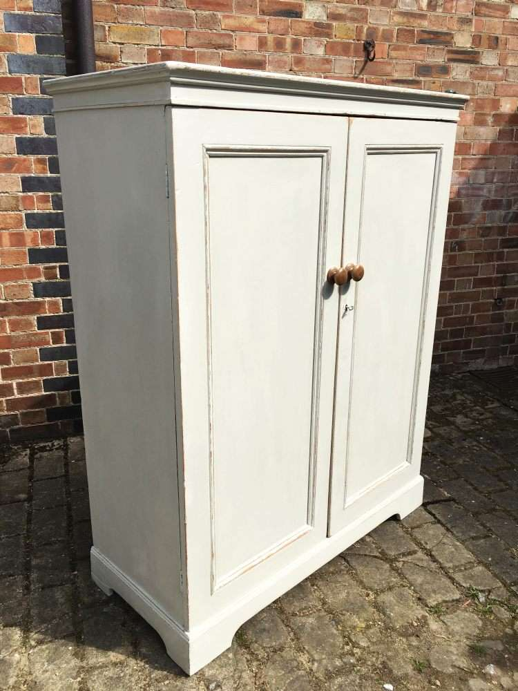 Victorian Painted Pine Cottage Child's Wardrobe1