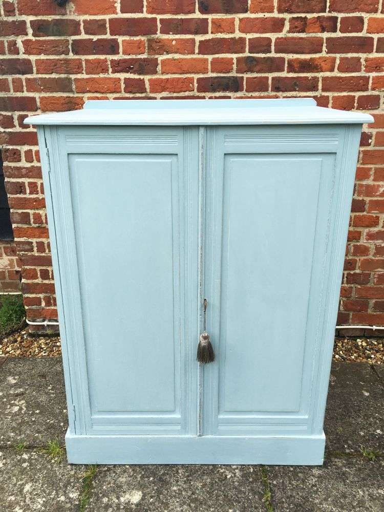 Edwardian Painted Pine Linen Cupboard