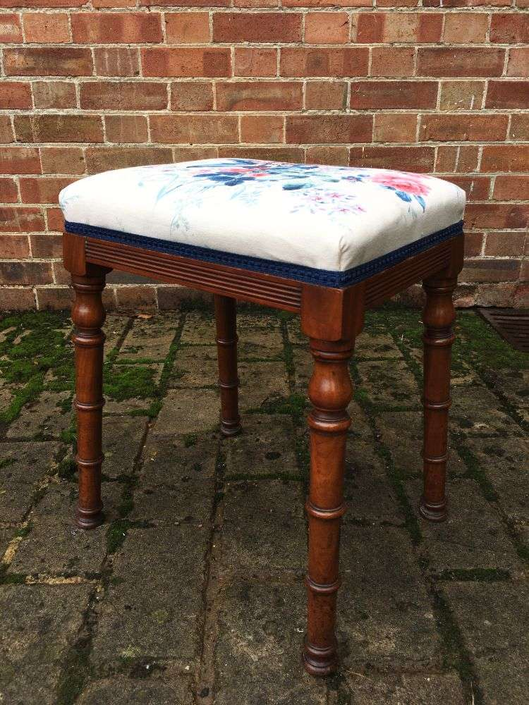 William IV Walnut Dressing Stool1
