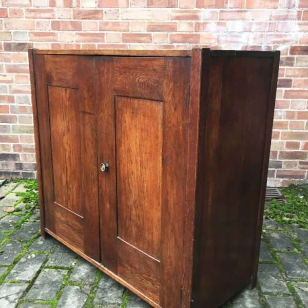 1930's Oak 2 Door Cupboard1