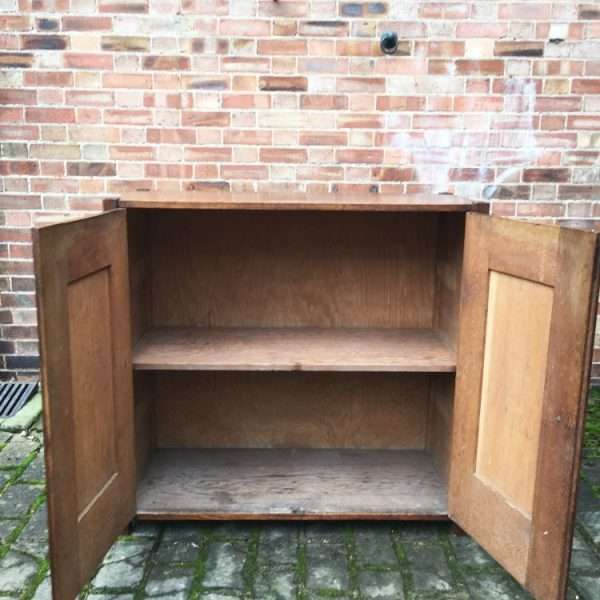 1930's Oak 2 Door Cupboard4