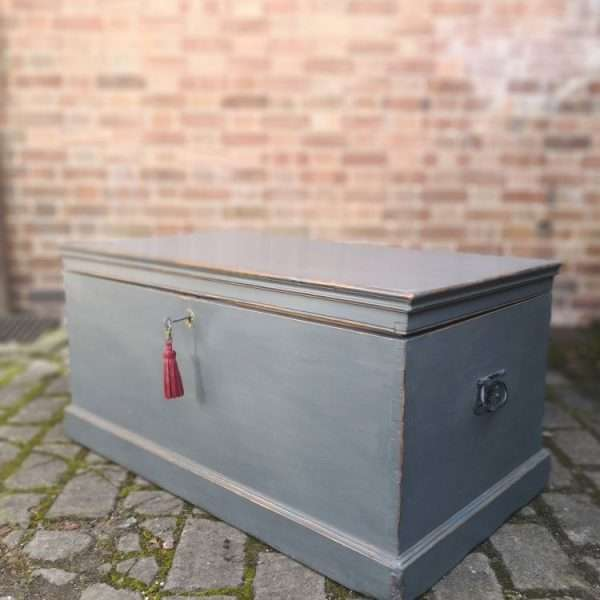 Victorian Painted Pine Blanket Box2