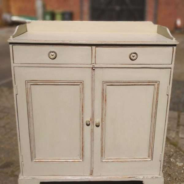 Mid 19th Century Painted Pine Cottage Dresser3