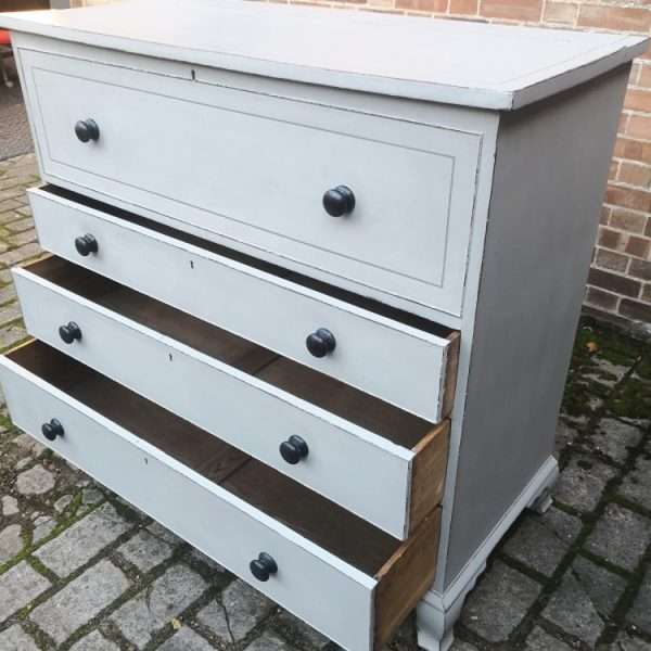 Early 19th Century Painted Mahogany Lancashire Blanket Chest3